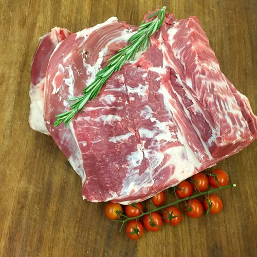 English Lamb Shoulder Bone In
